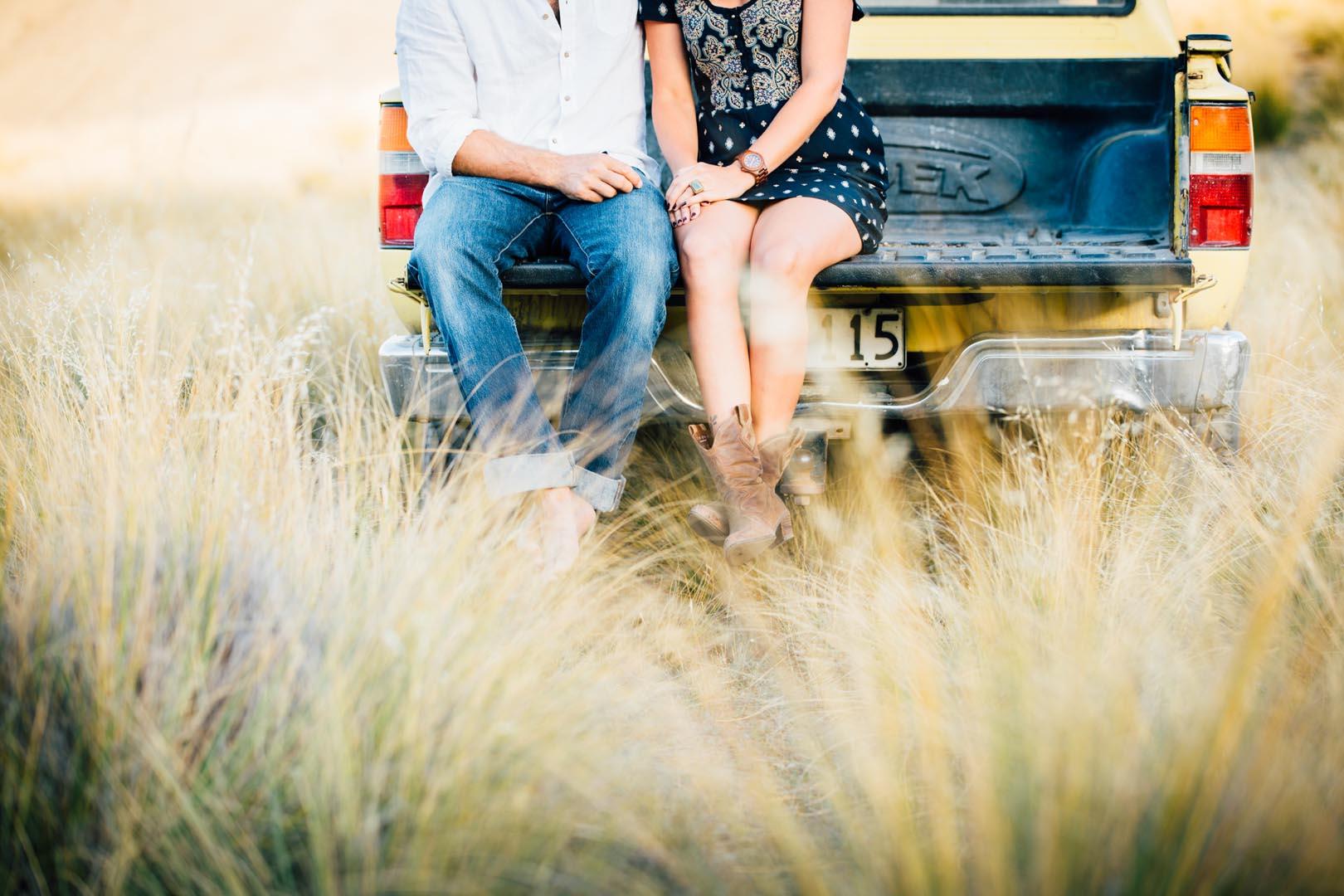 engagement photo shoot road trip