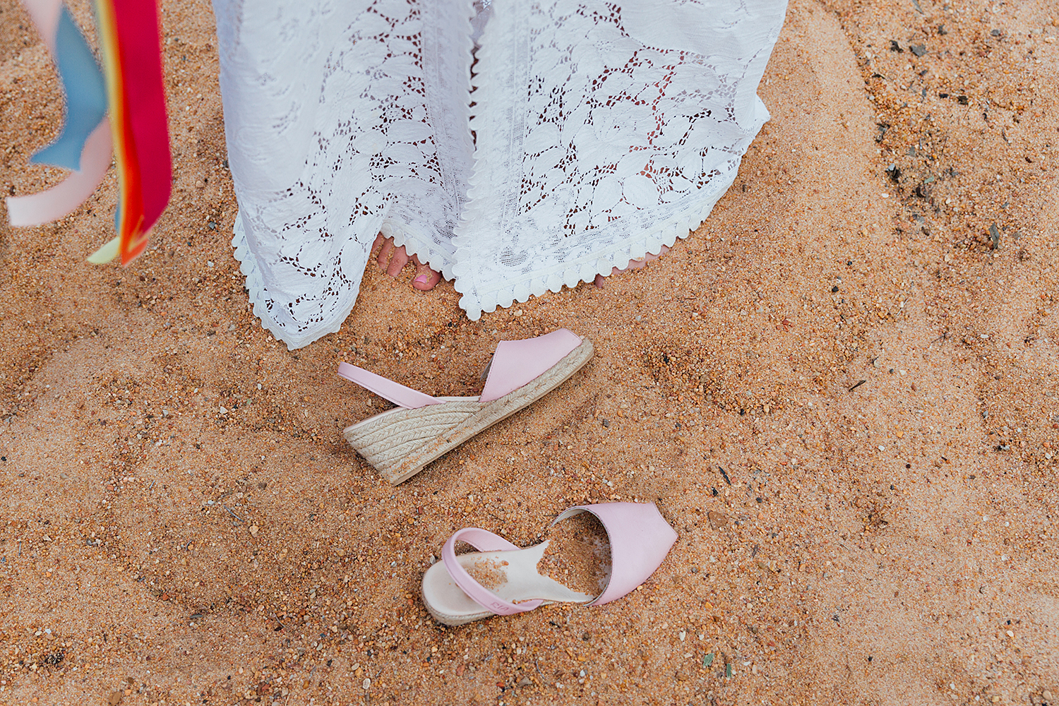 country nsw rusitc wedding photography brides shoes