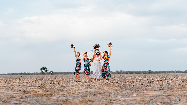 country nsw rusitc wedding photography bridesmaids