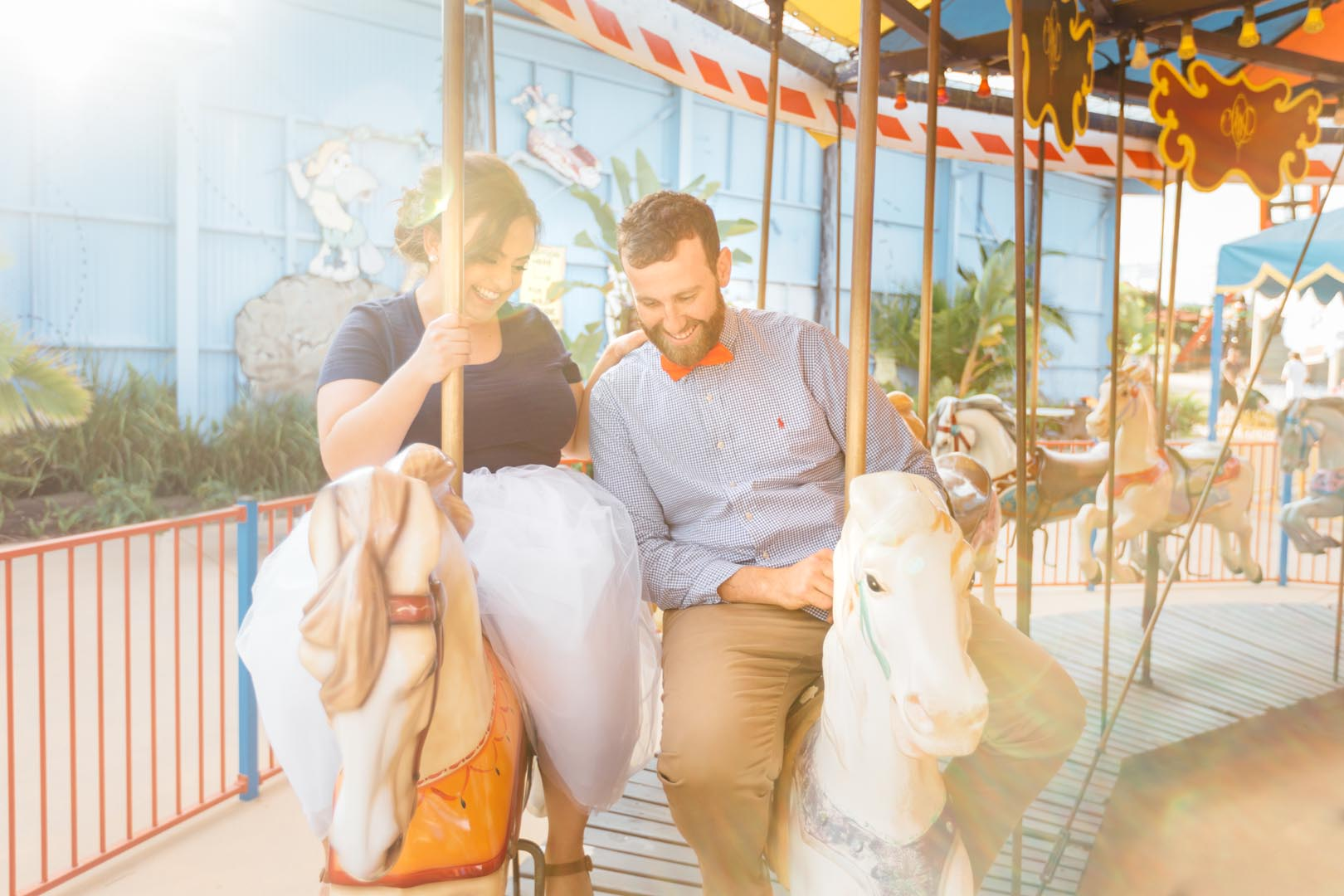 sunshine coast engagement photoshoot aussie world