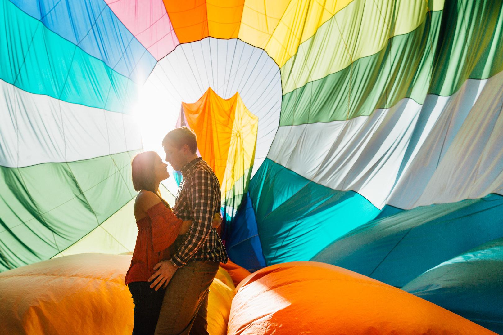 engagement photo shoot victoria proposal byron bay ballooning
