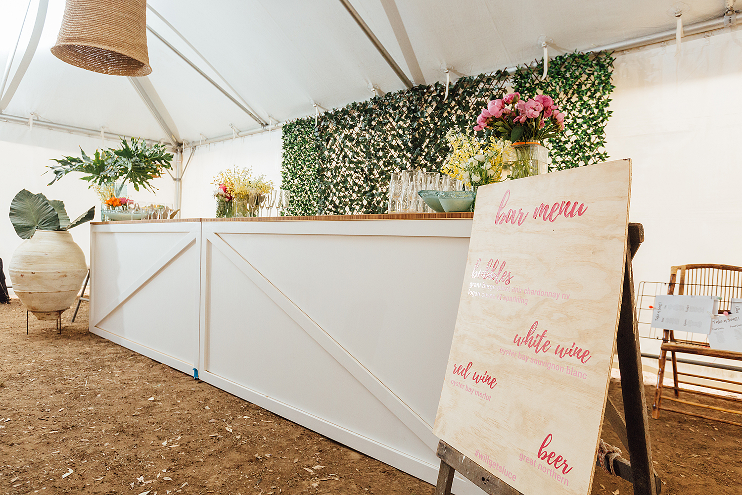 country nsw rusitc wedding photography pop up bar