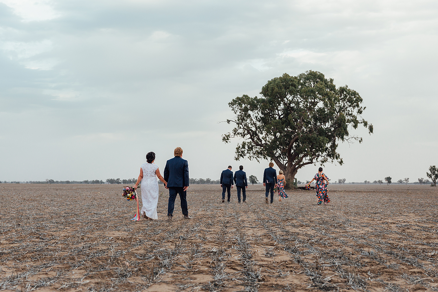 country nsw rusitc wedding photography candid bridal party