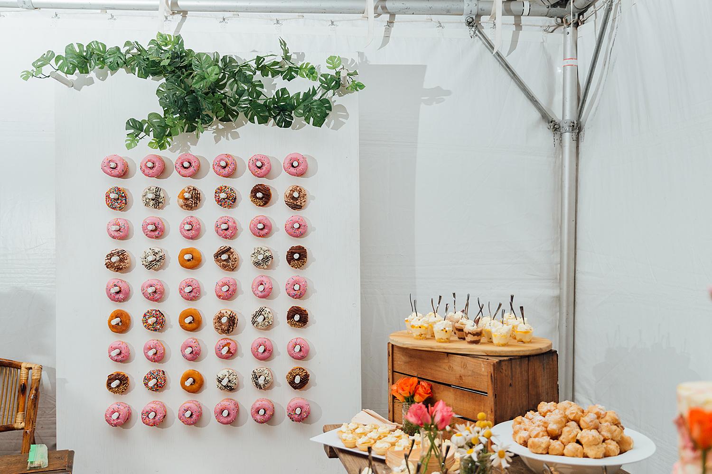 wedding photography wedding doughnuts